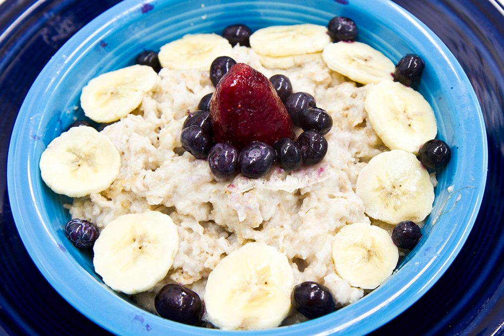 vegetarian breakfast Oatmeal with Bananas